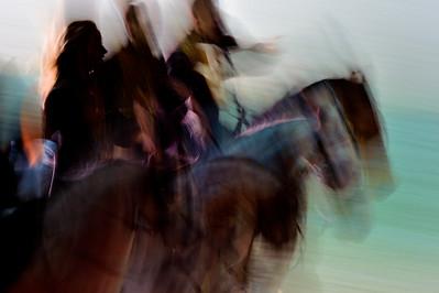 France, PARIS : Salon du cheval 2013 - Horsemusic, le gala de la Nuit du Cheval 2013 - l'équipe des Cascadeurs de Paris de Mario Luraschi  - samedi 30 Novembre 21013 - Photo Christophe Bricot