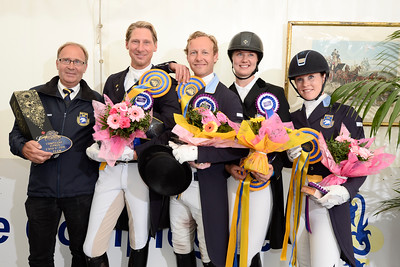 France, Compiègne : Sweden Team : Mads Hendeliowitz, Jennie Larsson, Emilie Nyreröd, Patrik Kittel and Team Leader during the Prize giving Ceremony of  FEI Nations Cup competition of the CDIO5* of Compiègne on May 22th , 2016, in Compiègne, France - Photo Christophe Bricot