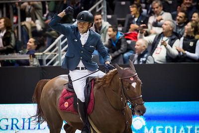France, Lyon : Simon DELESTRE (FRA) riding Hermes Ryan (Winner) during the Longines FEI™ World Cup Jumping , Equita Lyon, on November 5 , 2017, in Lyon, France - Photo Christophe Bricot
