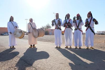 """Erfoud, Dunes of Merzouga, Morocco : first day at Xaluca Hotel. Briefing. The """"Gallops of Morocco"""" is an equestrian raid in the Moroccan desert (Drâa-Tafilalet region) through the high dunes of Merzouga, on February 25, 2018, in Erfoud, Dunes of Merzouga, Morocco - Photo Christophe Bricot  Les «Gallops of Morocco» est un raid équestre dans le désert marocain, (région du Drâa-Tafilalet) à travers les hautes dunes de Merzouga. Après quelques nuits dans le désert, l'aventure s'achèvera au Kasbah hôtel XALUCA aux portes du désert. Une aventure humaine, insolite autour du cheval barbe et arabe-barbe dans le désert magique de Merzouga, du 25 février au 4 mars 2018. © Christophe Bricot"""