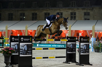 France, Versailles : Daniel DEUSSER riding EQUITA VAN T ZORGVLIET during the Versailles Castle Show Jumping at the stables of the kings, on May 6th , 2017, in Versailles, France - Photo Christophe Bricot