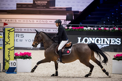 France, Villepinte : Guillaume Canet (FRA) riding Babeche during the Longines Masters of Paris 2017, on December 1 , 2017, in Villepinte, France - Photo Christophe Bricot