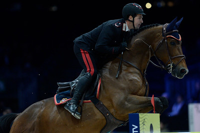 France, Villepinte : Emanuele GAUDIANO (ITA) riding JAMAR D'YSENBEECK Z during the Longines Masters of Paris 2017, on November 30 , 2017, in Villepinte, France - Photo Christophe Bricot