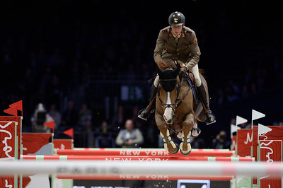 France, Villepinte : Alberto ZORZI (ITA) riding Fair Light van T Heike during the Longines Masters of Paris 2017, on December 1 , 2017, in Villepinte, France - Photo Christophe Bricot