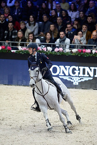 France, Villepinte : Lorenzo DE LUCA (ITA) riding Limestone Grey during the Longines Masters of Paris 2017, on December 1 , 2017, in Villepinte, France - Photo Christophe Bricot