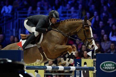 France, Villepinte : Andrew KOCHER (USA) riding Artemise du Houssoit during the Longines Masters of Paris 2017, on December 2 , 2017, in Villepinte, France - Photo Christophe Bricot