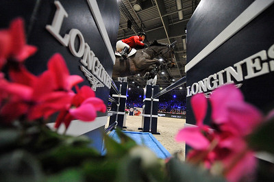 France, Villepinte : Lauren HOUGH (USA) riding Waterford during the Longines Masters of Paris 2017, on December 2 , 2017, in Villepinte, France - Photo Christophe Bricot