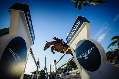 France, Paris : Niels Bruynseels riding Gancia de Muze during the Longines Global Champions Tour of Longines Paris Eiffel Jumping, on July 1th , 2017, in Paris, France - Photo Christophe Bricot