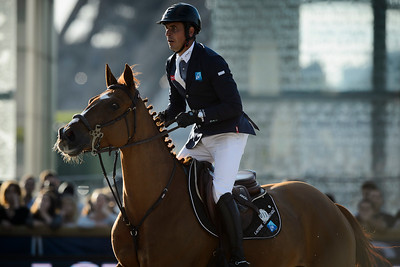 France, Paris : Julien Epaillard riding Usual Suspect D'auge during the Longines Global Champions Tour of Longines Paris Eiffel Jumping, on July 1th , 2017, in Paris, France - Photo Christophe Bricot
