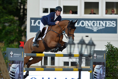 France, Paris : Kevin Staut riding For Joy van't Zorgvliet HDC during the Longines Paris Eiffel Jumping, Global Champions Tour in July 2th , 2016, in Paris, France - Photo Christophe Bricot