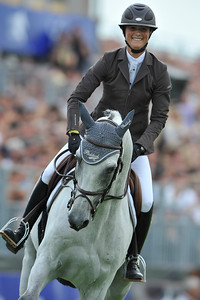 """LEPREVOST Penelope (FRA) sur MYLORD CARTHAGO*HN CONCOURS INTERNATIONAL CSI***** CHANTILLY 2010 - EPREUVE DU GLOBAL CHAMPIONS TOUR (GCT) - 2010 © CHRISTOPHE BRICOT _________________________________________ CSI***** CHANTILLY 2010 - GLOBAL CHAMPIONS TOUR - The second Global Champions Tour stage on French ground is situated in Chantilly, a real """"horse town"""".  © CHRISTOPHE BRICOT"""