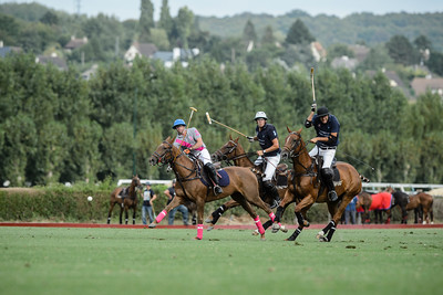 France, Deauville : Talandracas Team (grey-Pink) / La Esperanza Team (dark bue). during the Lucien Barrière Gold Cup final  in August 28th , 2016, in Deauville, France - Photo Christophe Bricot  Team Talandracas : Edouard Carmignac (Cap 1), Santiago Gaztambide (H6), Guillermo Caset (H9),  Hugues Carmignac (H1) Team La Esperanza : Jean-Edouard Mézery (cap), Ramiro Zavaleta , Brieuc Rigaux, Juan Ruiz Guinazu, Gregorio Gelosi