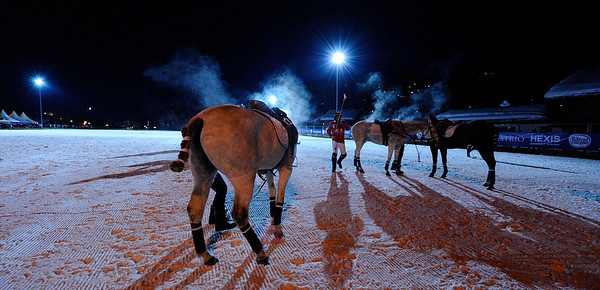 FRANCE : MEGEVE, POLO SUR NEIGE, MATCH OPPOSANT LES EQUIPES DU FER A CHEVAL (ROUGE) A L'EQUIPE DES FERMES DE MARIE (VERT) LORS DU TOURNOI BMW POLO MASTERS 2013 - POLO SUR NEIGE A MEGEVE- © CHRISTOPHE BRICOT  COMPOSITIONS DES EQUIPES :   EQUIPE LES FERMES DE MARIE 1 - Edouard Costes (0) 2 - Cyrille Costes (0) 3 - Mario Gomez (5) 4 - Brieux Rigaux (5)  EQUIPE FER A CHEVAL – ASSOR 1 - Gerard Bonvicini (0) 2 - Robert Strom (3) 3 - Alexandre Starkman (1) 4 - Thierry Vetois (4)  MATCHES DEUXIEME SOIR  SNOW POLO DURING THE 2013 BMW POLO MASTERS TOUR - JANUARY 25/27, 2013 IN MEGEVA, FRANCE- PHOTO BY © CHRISTOPHE BRICOT