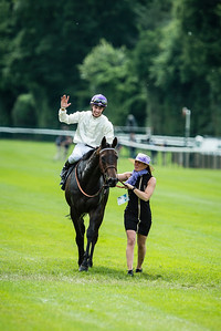 Cristian Demuro sur La Cressonnière vainqueur du167ème Prix de Diane Longines à l'hippodrome de Chantilly, le 19 Juin 2016, à Chantilly, France - Photo Christophe Bricot