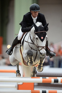 France, Paris : Jérôme GUERY riding Garfield de Tiji Des Templiers during the Saut-Hermès Jumping competition in the Grand-Palais, on March 18th , 2017, in Paris, France - Photo Christophe Bricot