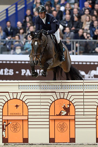 France, Paris : Julien EPAILLARD riding Quatrin de la Roque LM during the Saut-Hermès Jumping competition in the Grand-Palais, on March 18th , 2017, in Paris, France - Photo Christophe Bricot