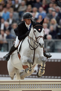 France, Paris : Jérôme GUERY riding Papillon Z during the Saut-Hermès Jumping competition in the Grand-Palais, on March 17th , 2017, in Paris, France - Photo Christophe Bricot