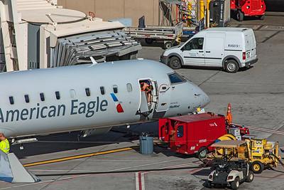 SkyWest Bombardier CL-600-2C10 CRJ-701ER N751EV 3-7-20
