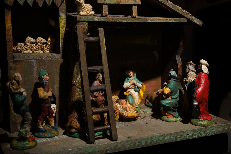 Nativity Scene (Figurines Circa 1962)