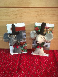 Mouse Pin - $4.00