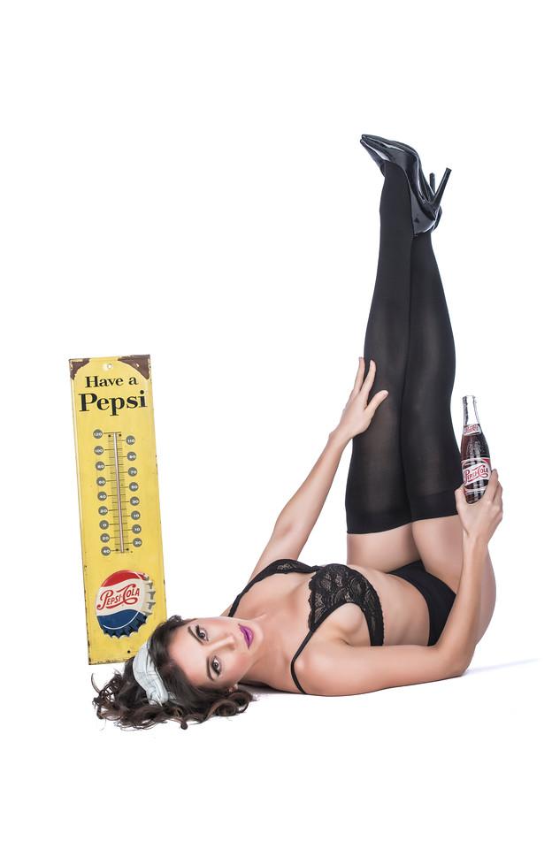 Model: Marie Rose, MUA: Ximena Ocha