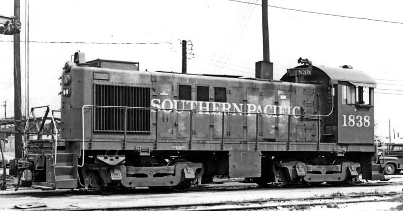 1838 Class AS410-6, left side, Austin TX, 1967<br /> (Jim Hickey)