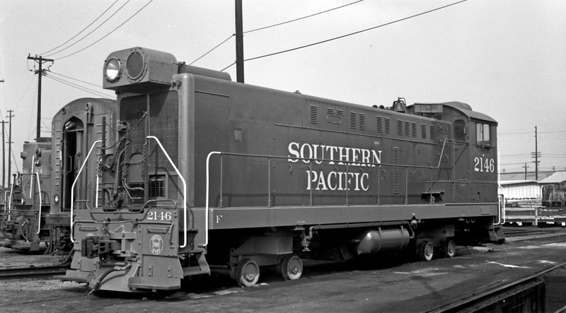 2146 Class BS412-4, left front, Los Angeles CA (shop trucks), 11/11/66<br /> (Joseph A. Strapac)
