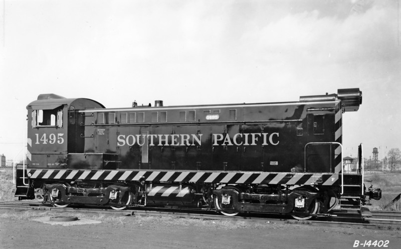 1495 Class DS-114, right side, Philadelphia PA, 11/52<br /> (H. L. Broadbelt collection)