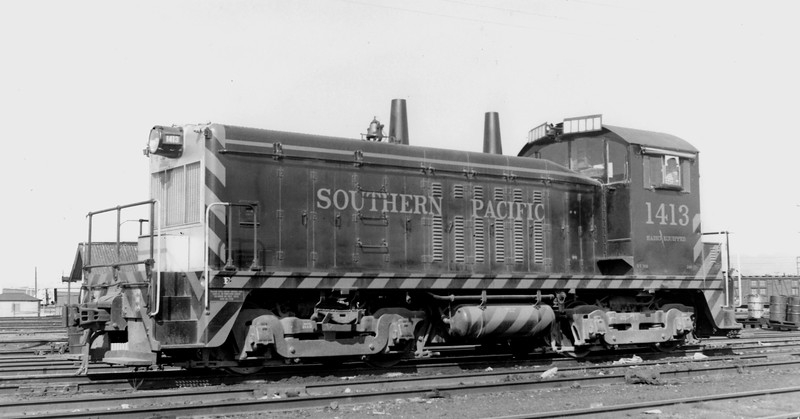 1413 Class DS-109, left front, West Oakland CA, 3/3/56<br /> (Ray Whitaker)