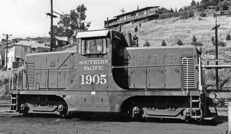 1905 Class DS-203, right side, Tiburon CA (NWP), 6/24/61<br /> (Strapac collection)