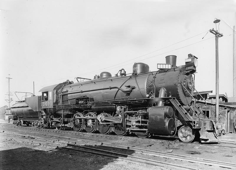 3601 Class F-1, left side, Los Angeles CA, Dec. 1917  <br /> (SP Photo: Menke collection)