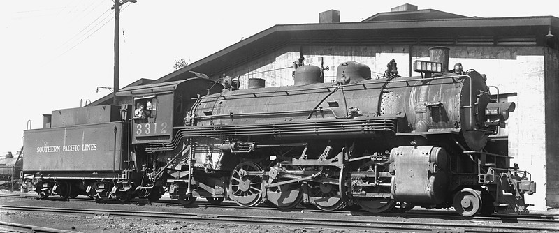3312 Class Mk-8, right side, Roseville CA, 9/2/40  <br /> (Allan Youell)