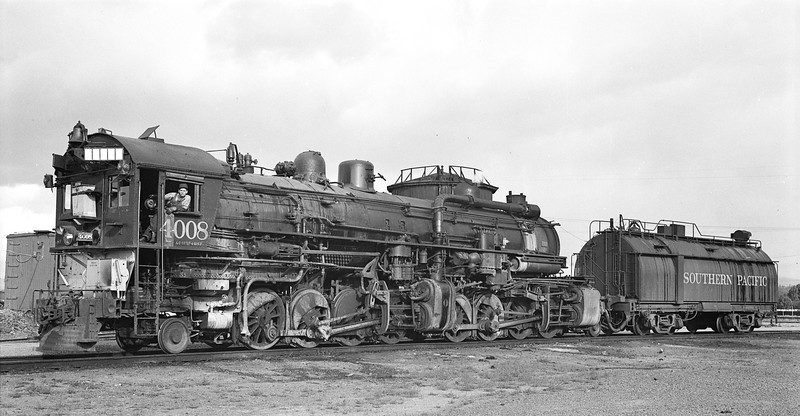 4008 Class AC-1, left side, Sparks NV, 6/2/47  <br /> (D. S. Richter)