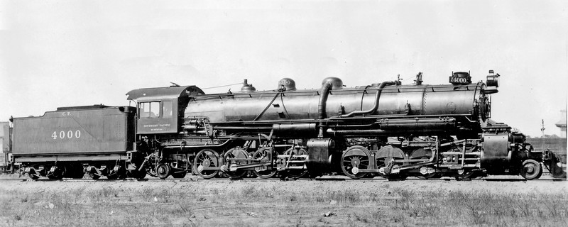 4000 Class MC-1, right side, Sacramento CA, ~1910  <br /> (SP Photo)