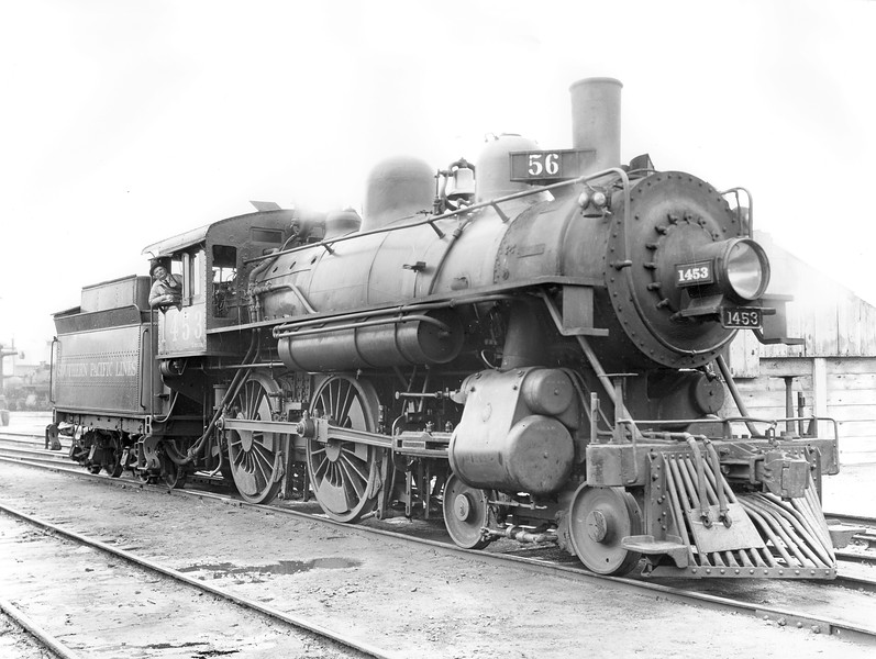 1453 Class E-23, right side, Sacramento CA, October 1930 <br /> (SP Photo)