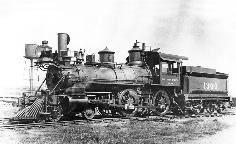 1300 (2nd) Class E-29, left side, Portland OR, ~1917 <br /> (H. H. Arey)