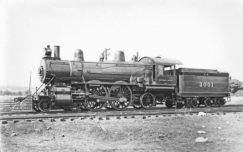 3001 Class NA (later A-1), left side,  Sacramento CA, ~1903  <br /> (SP Photo)