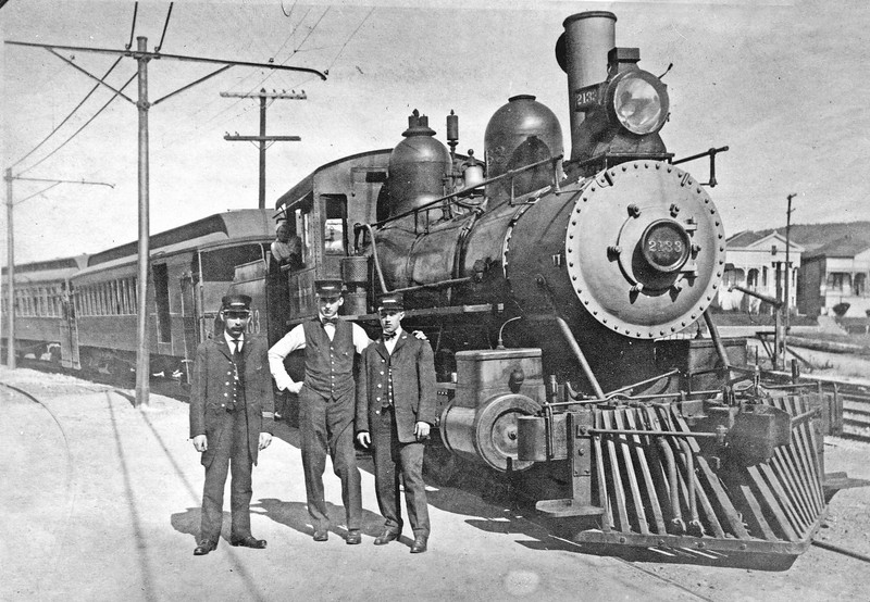 2133 Class T-11, right side, Berkeley CA,  ~1910 <br /> (D. S. Richter collection)