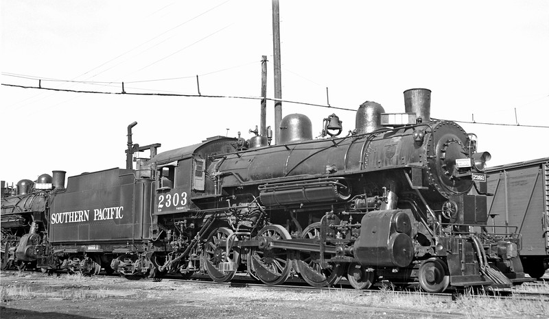 2303 Class T-23, right side, Tracy CA, 4/9/50 <br /> (Tom Moungovan collection)
