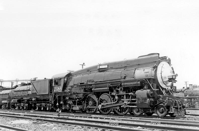 2488 Class P-10, right side, West Oakland CA, 7/3/53 <br /> (D. S. Richter)