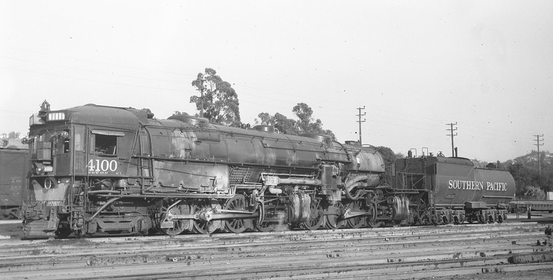 4100 Class AC-4, left side, Los Angeles CA, 10/8/47  <br /> (Leo J. Munson)