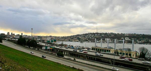 Tiz a beautiful day in Seattle, on Lake Union.