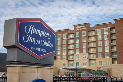Hampton Inn Sign