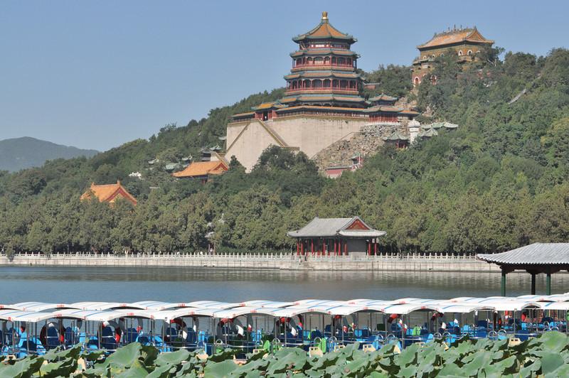 China's capital Beijing: Lake Palace 2