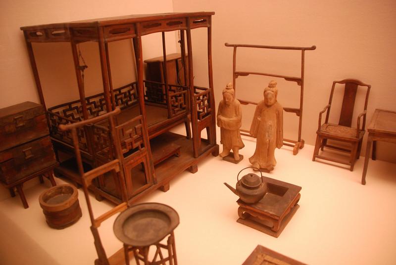 Shanghai Museum: Ming models from tomb of Pan Yongzheng