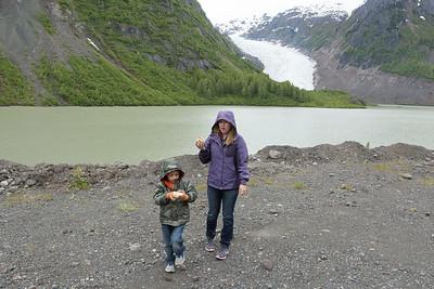 Alex & Hunter at Bear lake