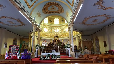 Alajuela Cathedral being prepared for Christmas