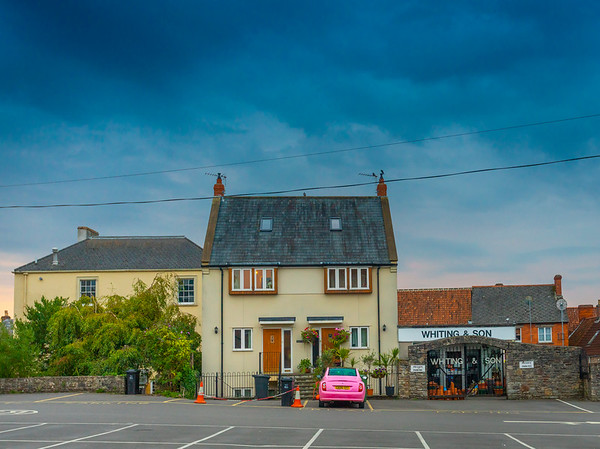 The Pink Nissan, Wells