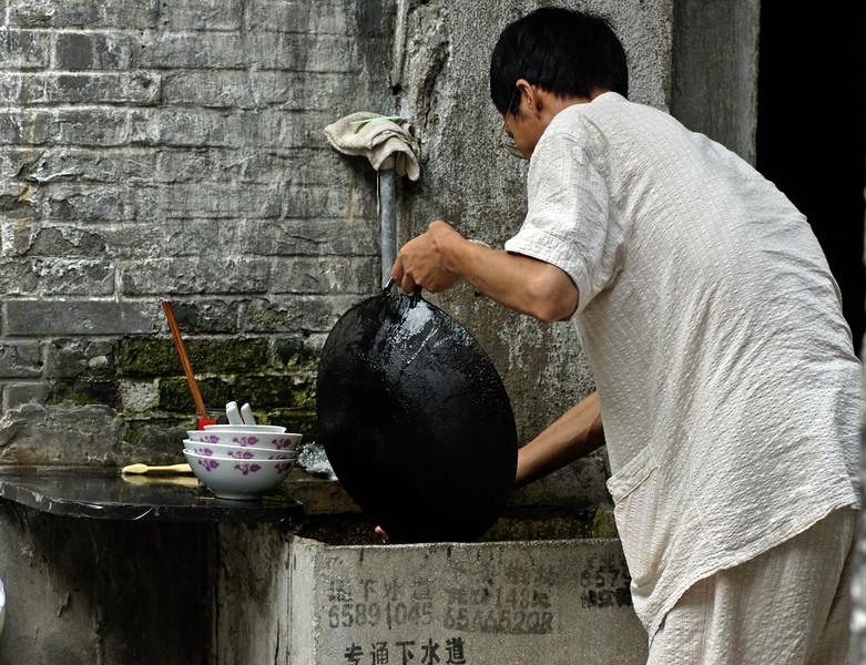 Dishwashing, Lanes, Hongkou District, Shanghai