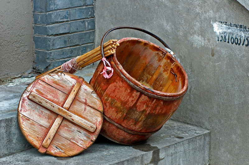 Wooden bucket, Hongkou District, Shanghai